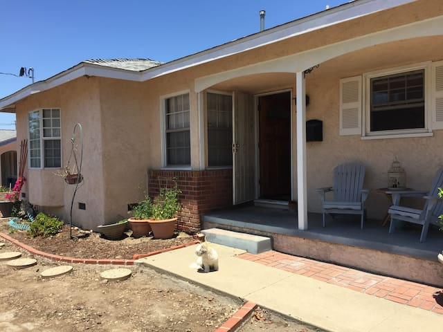 Private bed & bath, 20 mins from Downtown SD!