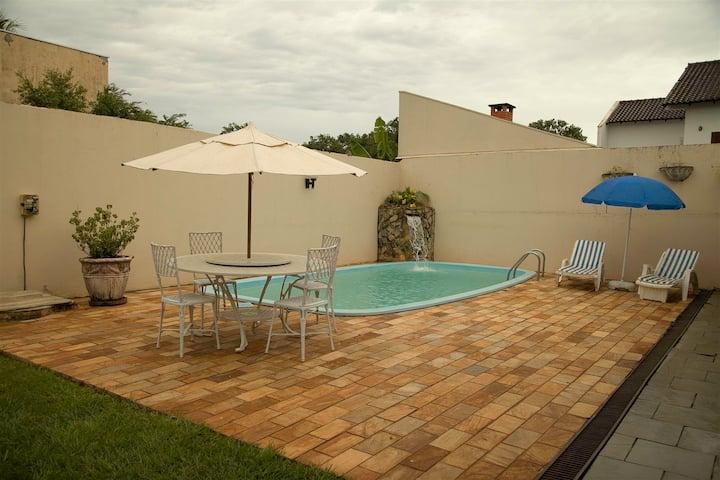 Casa - Jardim Iguaçu - Excelente localização!
