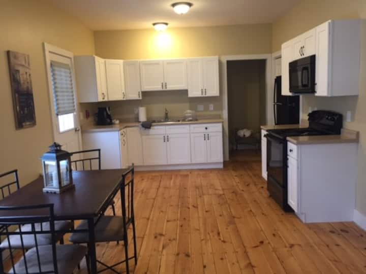Beautifully renovated 1 bedroom in Manchester, NH ...