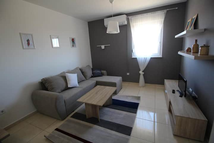 One bedroom apartment with air-conditioning Novalja, Pag (A-17954-e)