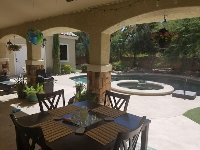 Private Luxury Casita pool/ hot tub! Entire place