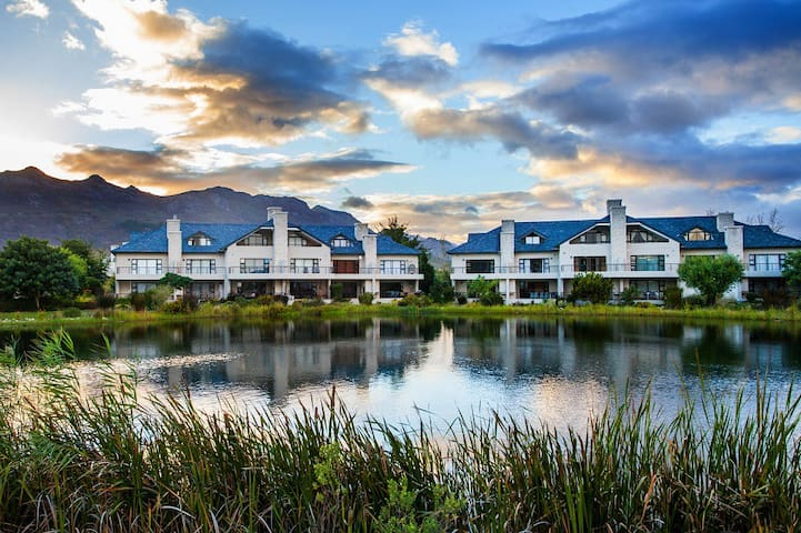 Townhouse at Pearl Valley Golf Estate 2E