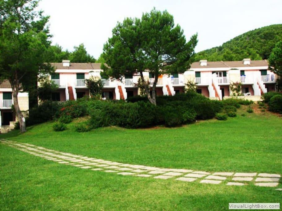 aree verdi del residence di fronte all'appartamento