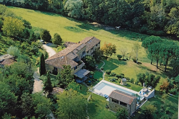 Private Luxury Villa near Chianti! (With maid) - Rapalle - Casa de camp