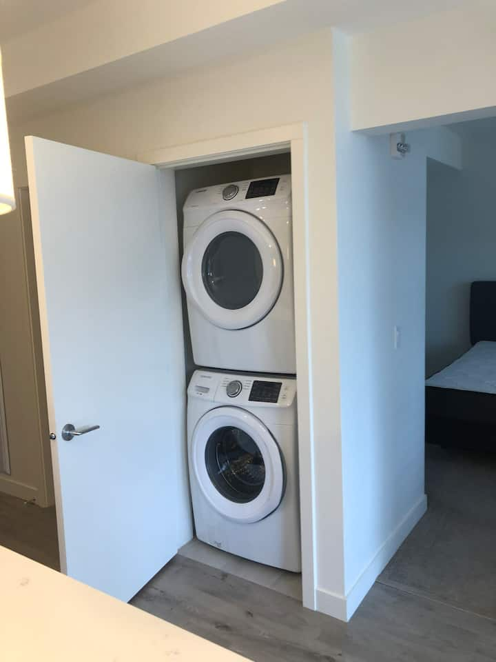 One bed near downtown  new building 1510 30 ave SW