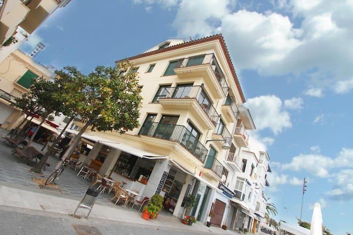 Cambrils Puerto Apartments