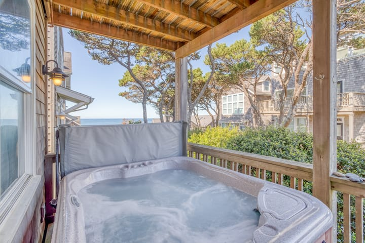 Nearby Beach Access, Hot Tub, King Suites, View Decks, Crows Nest in this Beauty