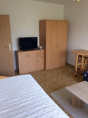 Komplette Wohnung 26 qm in Leipzig-Thekla