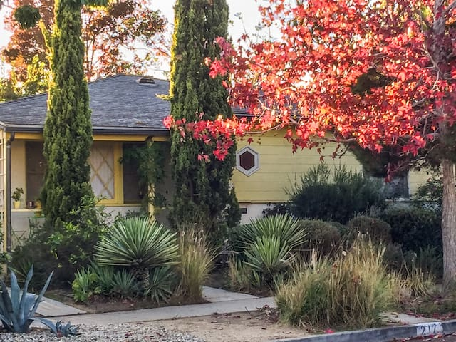 Stay in a Vintage Venice Bungalow