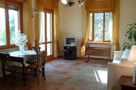 Spazioso appartamento vicino ad Acqui Terme - Terzo