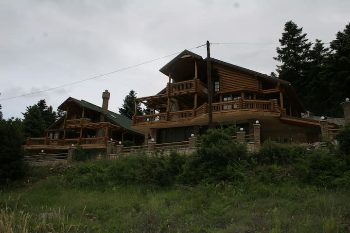 Luxury Chalet Agoriani - Arachova - Chalet