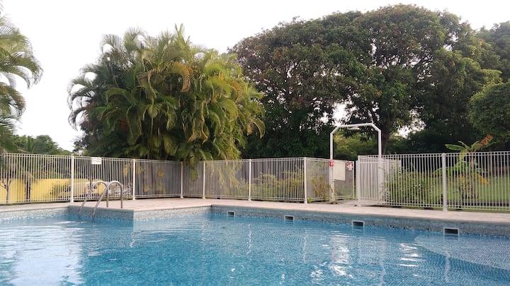T2 à Bois Jolan, dans résidence avec piscine