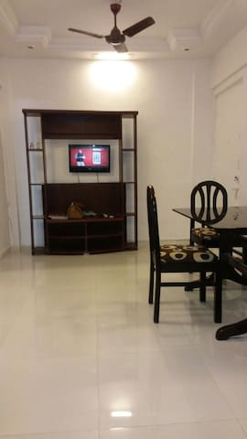 Apartment near kokilaben ambani hospital