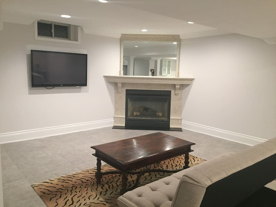 Fireplace and flat screen TV with Google Chromecast