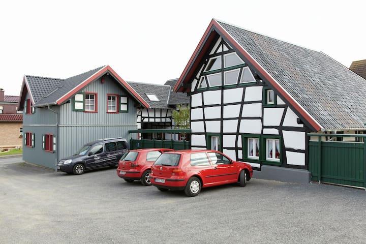 Mooi appartement in de Eifel in vakwerkstijl, ideale ligging voor wandeltochten