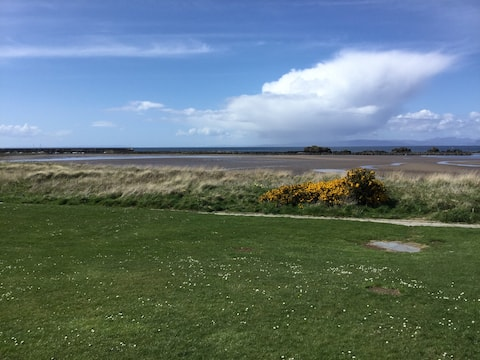 Flat in Maidens with Seaview