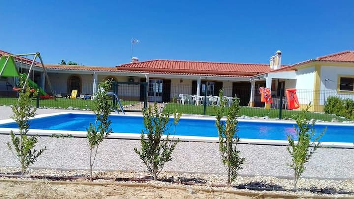 Villa with 5 bedrooms in Grândola, with private pool, furnished garden and WiFi - 22 km from the beach