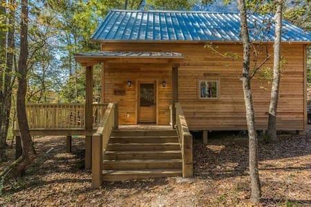 The Cottonwood Cabin