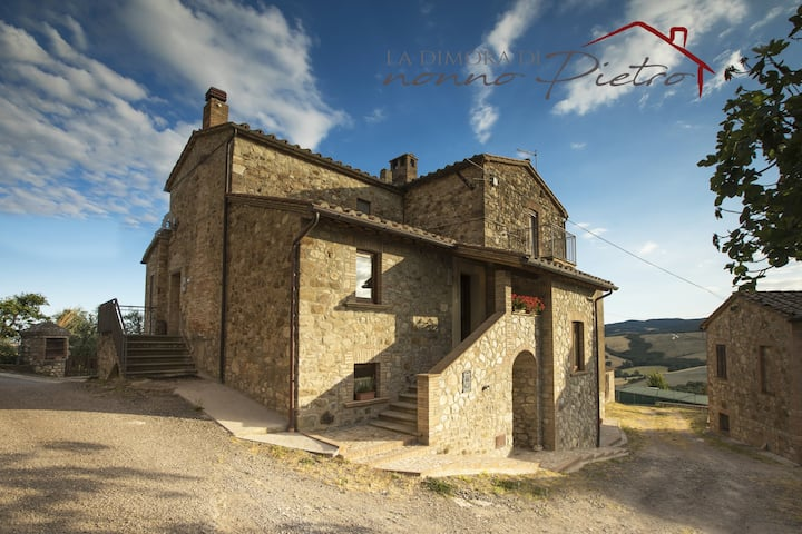 "Holiday House ""La Dimora di Nonno Pietro""in Umbria"