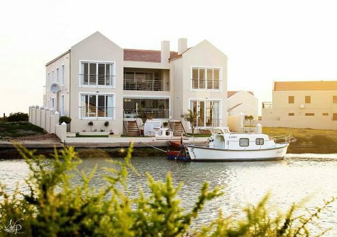 LaShalom Self-catering,Port Owen,Western Cape
