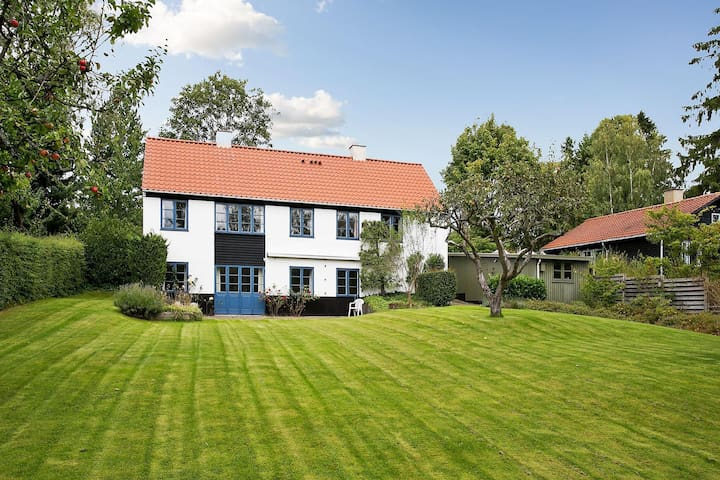 Charming, familyfriendly villa near Copenhagen - Holte - Villa