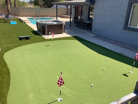 NEW! Heated Pool, Hot Tub, Golf, Backyard Retreat!