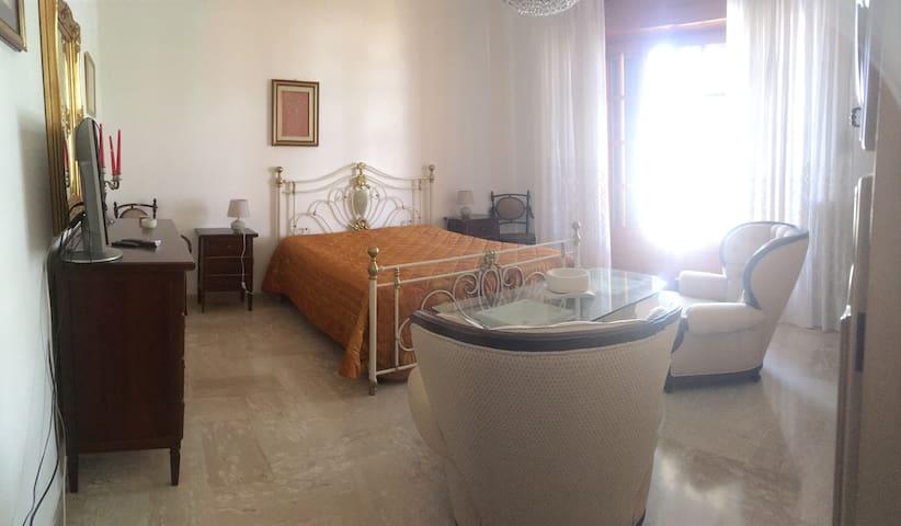 Elegante Appartamento - Veglie - Apartment