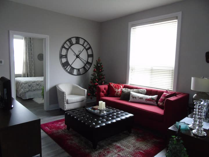 Luxury at Grand River, Walk to Cambridge Mill