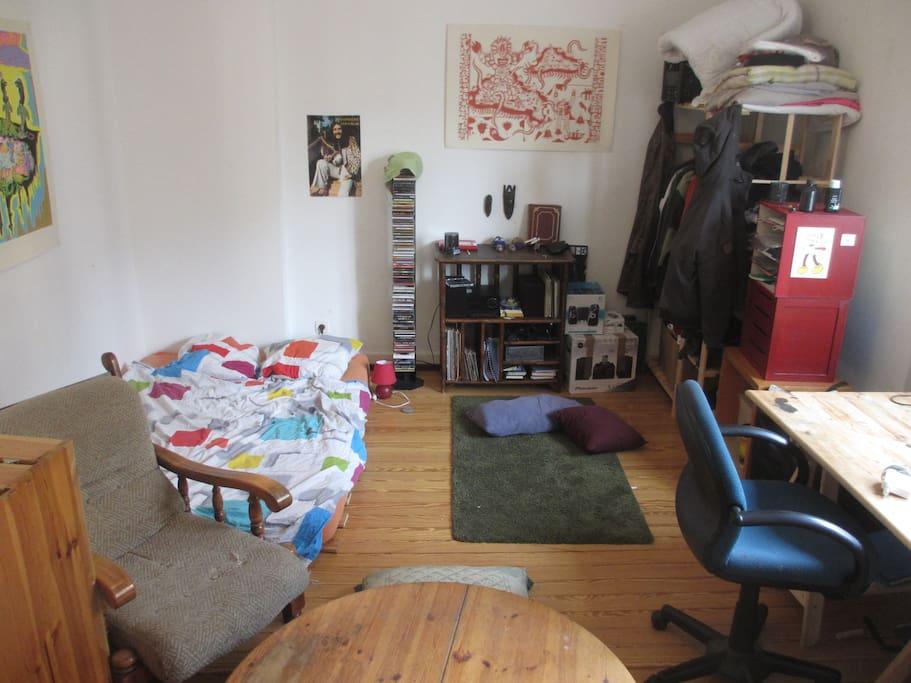 chambre de 23m2 dans une grande colocation appartements louer strasbourg alsace. Black Bedroom Furniture Sets. Home Design Ideas