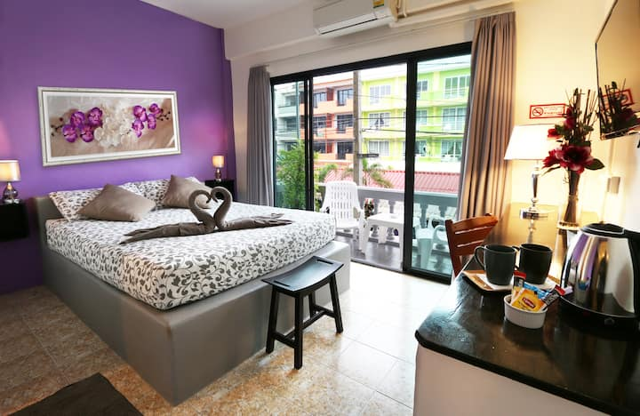 SUPERIOR DOUBLE ROOM (Balcony with Sea View)