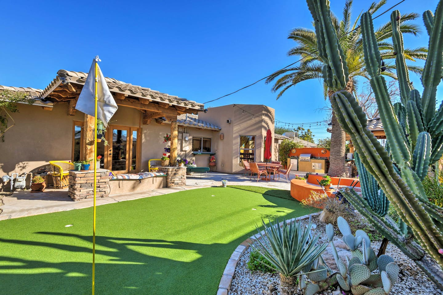 This phenomenal vacation rental house is your dream Scottsdale destination!