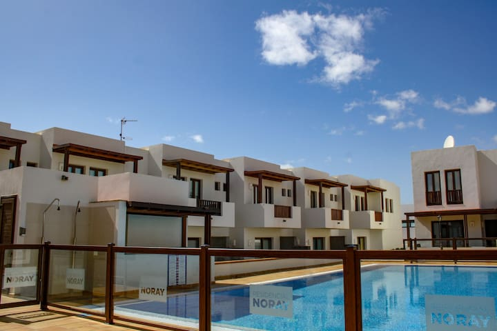 Aiolos II - A beautiful modern apartment in the heart of Puerto Calero