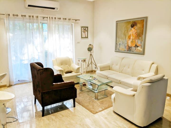 Shourya Luxury 3 BHK Villa with Pool and Wifi