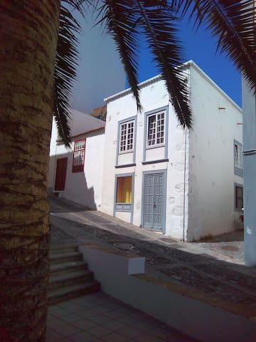 Pequeño estudio céntrico Baltasar Martín