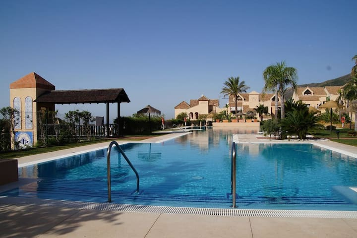 CASA PAZ - fantastic apart with a view to Marocco!