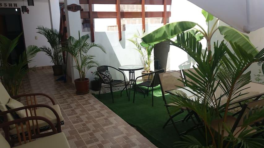 Hab. Cuadruple - Palmeras House - Paracas