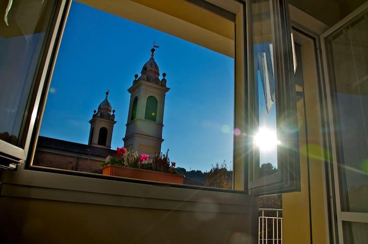 """Appartamento """"Sopra la Piazza"""" in Giallo - Sasso Marconi - Appartement"""
