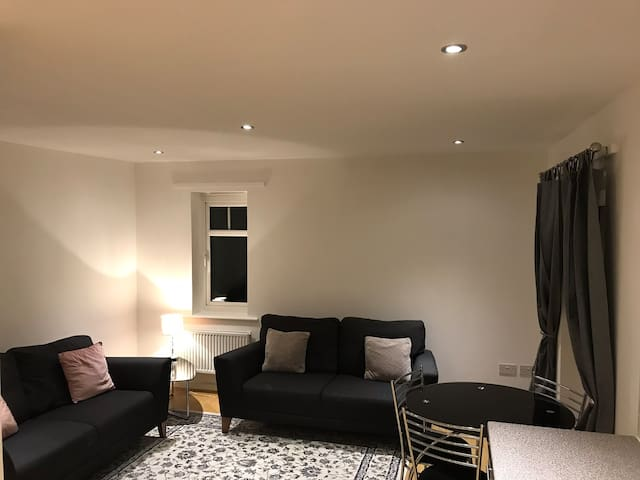 Beautiful Newly Refurbished Apartment, Birmingham