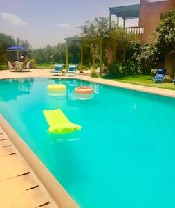 Villa avec piscine privée sans vis à vis