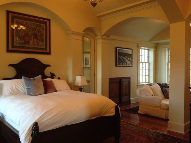2 bedroom suite, 1.5 marble baths, privacy, views - Newfane - Hus