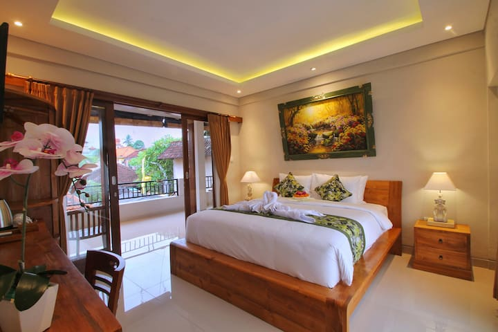 MERANGGI HOME STAY-Cozy Room in the heart of UBUD