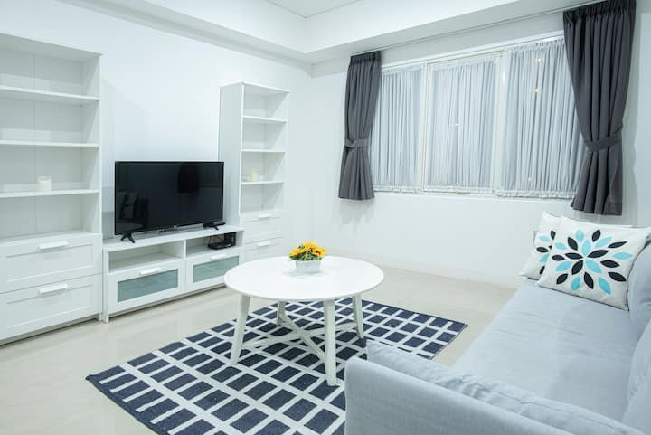 2BR minimalism design apartment in great location