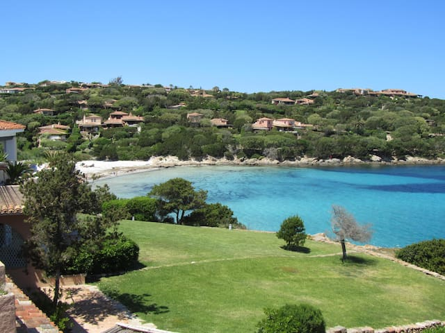 Property with direct access to the beach - Porto Cervo - Huoneisto