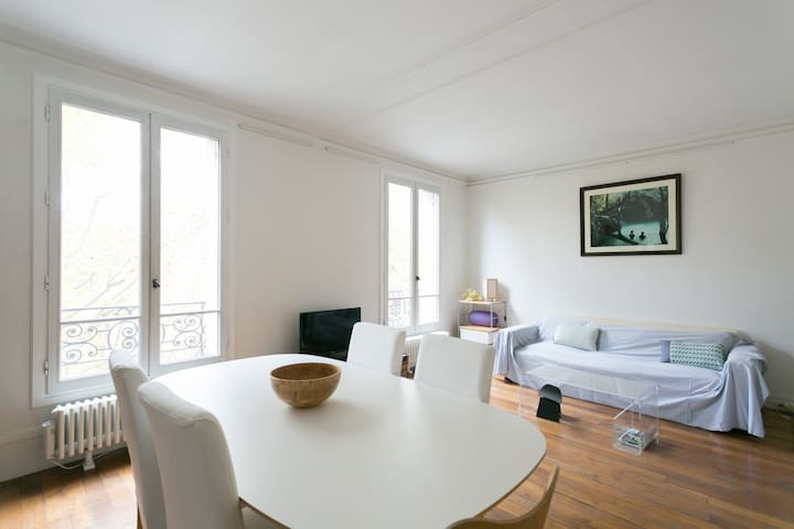 Your home on the Rive Gauche