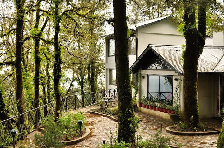 Charming cottage in Landour