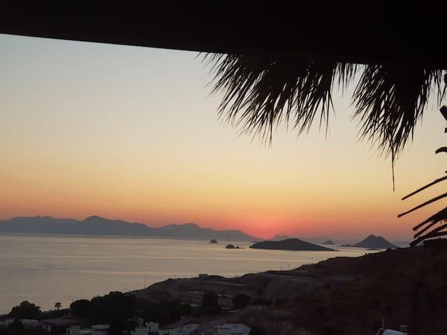 Muhteşem Kos ve Günbatımı manzaralı villa