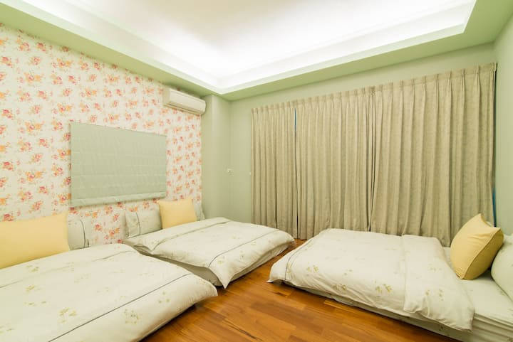 Shan-Ching Guest House-Deluxe Triple Room