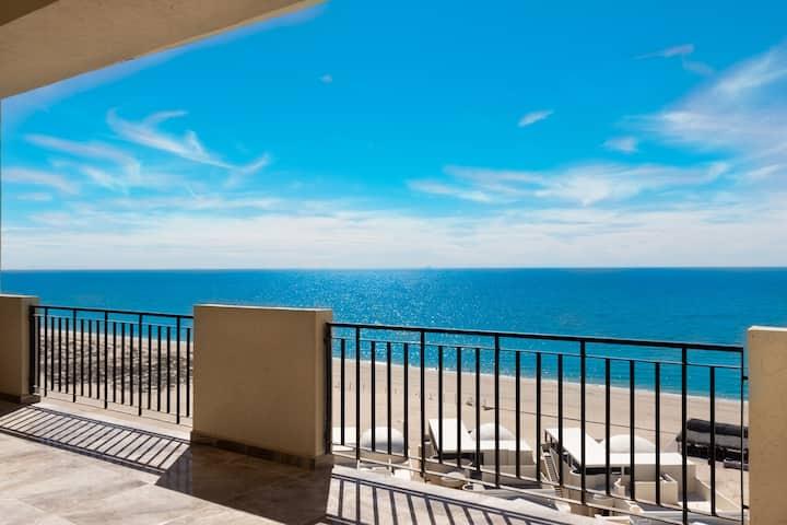 Luxury Hidden Gem with Oceanfront Views