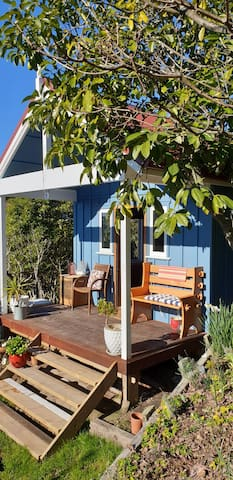 Kingfisher Cottage.  Funky tiny house .