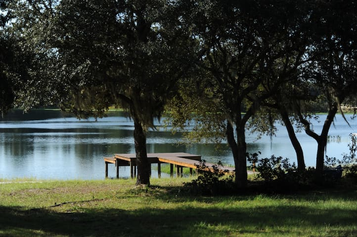 Lakefront, Family friendly MH/Dock - Hawthorne - Casa